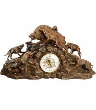 "Каминные часы ""Охота на кабана"" с канделябрами"