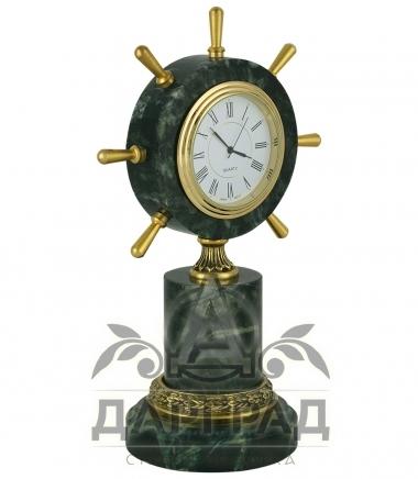 Настольные часы «Штурвал» из змеевика