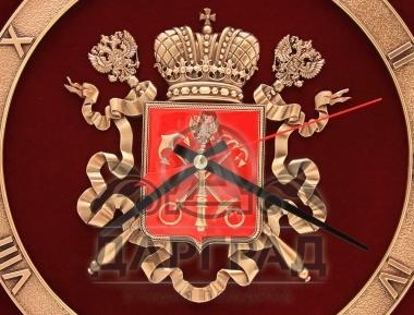 Заказать подарок Интерьерные часы «Герб Петербурга» с символикой города