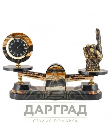 Настольные часы Должок из натурального камня