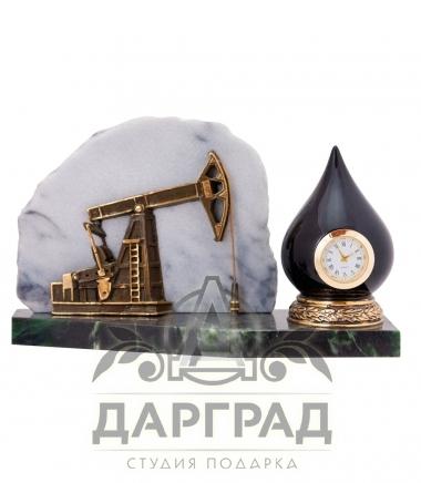 Подарок нефтянику Настольные часы «Нефтяная качалка»