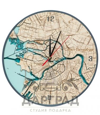 Часы с глубинами и картой петербурга