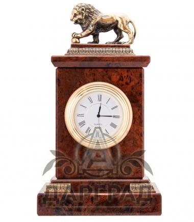 Стильный деловой подарок Настольные часы «Лев» (обсидиан)