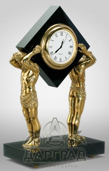 Заказать Настольные часы «Атланты» подарок премиум класса
