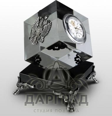 """Настольные часы """"Хрустальные"""""""
