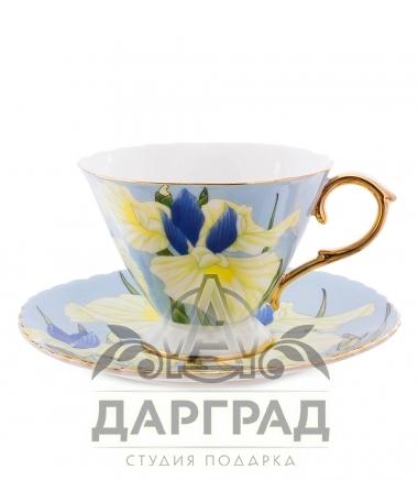 чашка и блюдце из костяного фарфора с изображением ирисов