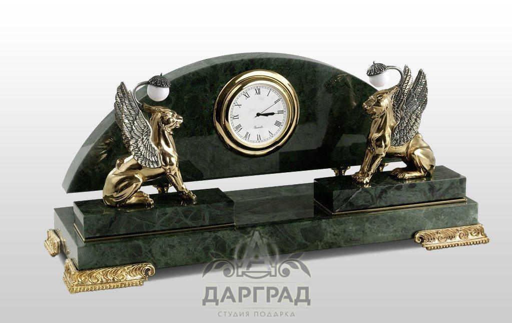Часы банк работы стоимость часы продать оптом настенные