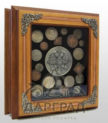 "Ключница ""Старые монеты"""