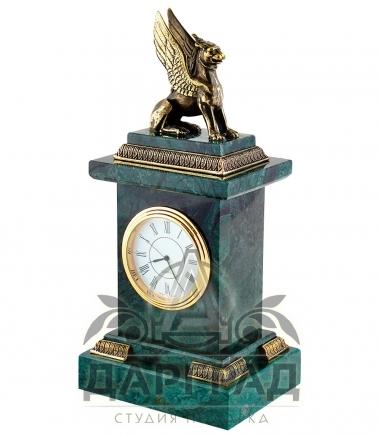 Часы «Грифон» мрамор