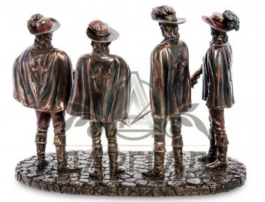 подарок сослуживцу Композиция «Три мушкетера»