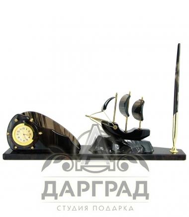 Настольный прибор «Парусник» (черный)
