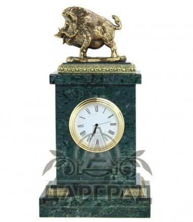 Купить Настольные часы «Кабан» мрамор в магазине подарков Дарград