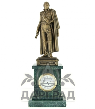 Настольные часы «Кутузов М.И.» в магазине подарков Дарград