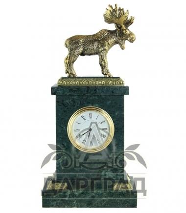 Настольные часы «Лось» купить в подарок охотнику в спб