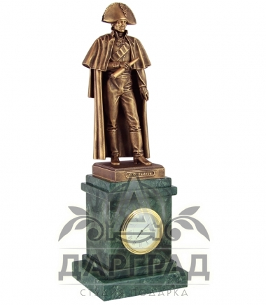часы из мрамора с фигурой адмирала ушакова