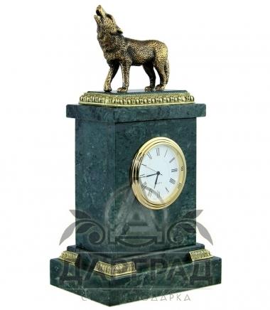 часы в кабинет волк