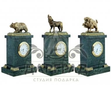 купить Настольные часы «Волк» в магазине подарков Дарград