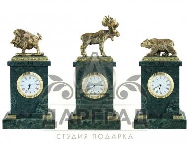 Настольные часы дикие звери из мрамора и бронзы