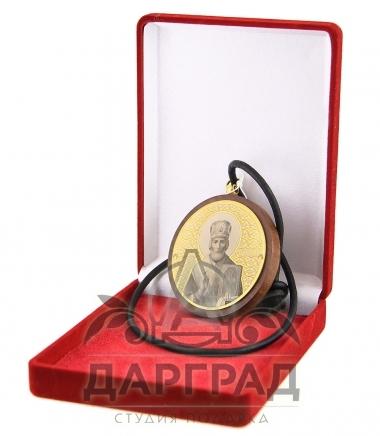 Икона Николай Чудотворец на шнурке в подарочной коробке