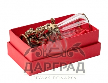 Подарочная стопка-лафитник «Доктор» в подарочной коробке