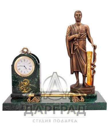 Подарок врачу Настольный прибор с часами Гиппократ