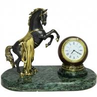 Настольные часы из мрамора «Конь»