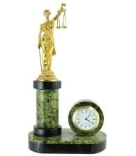 Часы из змеевика «Фемида»