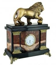 каменные часы «Лев с шаром» яшма