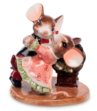 Фигурка «Танцующая пара мышат»