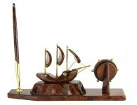 каменный корабль