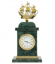 часы из мрамора кораблик
