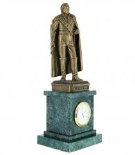 Часы со статуэткой Кутузова в подарок