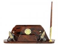 Подарок с символикой петербурга грифоны