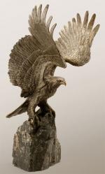 """Заказать Скульптура """"Орел на скале"""" в подарок"""
