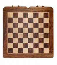 Шахматная доска с двумя ящиками
