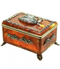 Шкатулка из янтаря «Лист»